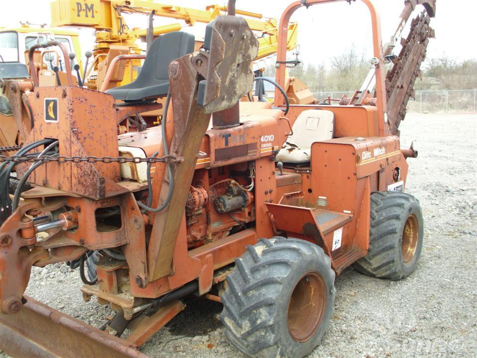 Ditch Witch Trencher #2377