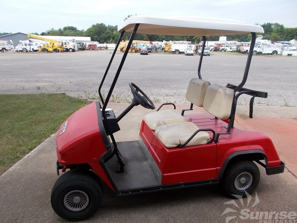 Par Car 2 Stroke Gasoline Golf Cart