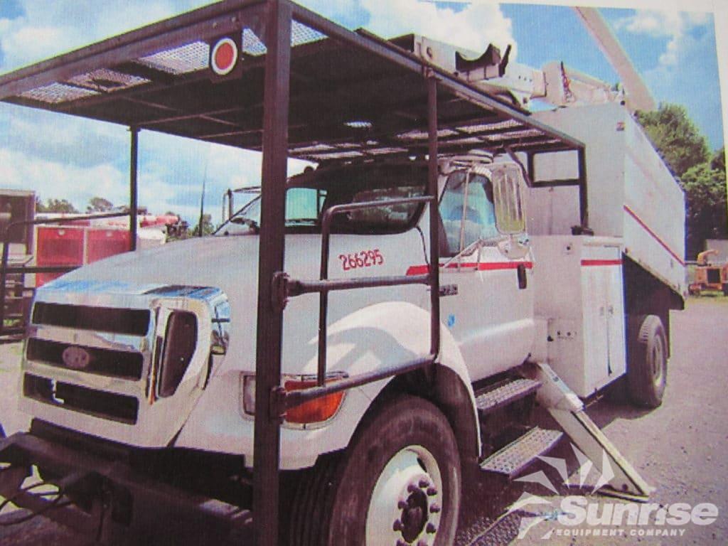 altec lrv bucket truck mounted    ford  chipper dump sunrise equipment
