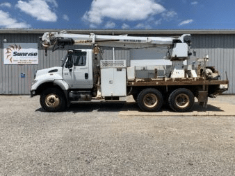 47′ ALTEC DM47TR DIGGER DERRICK ON A 2006 INTERNATIONAL 7600 6X4